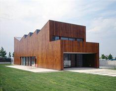 Dwelling in Uleta - Vitoria-Gasteiz, Испания - 2002 - Roberto Ercilla Arquitectura Stucco Exterior, Exterior Stairs, Exterior Cladding, Cafe Exterior, Colonial Exterior, Ranch Exterior, Exterior Shutters, Exterior Colors, Miguel Angel