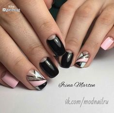 Black and pink nails, Geometric nails, Manicure Moon nails Nails trends Party nails, Ring finger nails, Spring summer nails 2017 Pink Nail Art, Cool Nail Art, Pink Nails, Glitter Nails, Moon Nails, Geometric Nail, Instagram Nails, Best Nail Art Designs, Nagel Gel