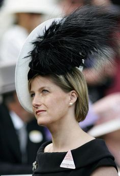 Sophie, Countess of Wessex attends the second day of Royal Ascot Races on June 21, 2006 in Berkshire, England. (Photo by Tim Graham/Getty Images)