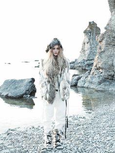 Vogue US Setembro 2014   Sasha Pivovarova por Mikael Jansson [Editorial]