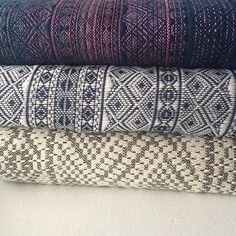 We have a customer who needs help making a decision.  Which of these #DIDYMOS - Indios would YOU choose? Sole Occidente, Dark Blue and White (DBAW) or Grande    #soleoccidenteindio #dbawindio #indiogrande ✨✨✨✨✨✨ #nofilter  #babywearing #didylove #wovenwraps #darkblueandwhiteindio #stashshot #littlezenone #babywearingshop #babywearingstore #thebabywearingshop #babywearingincanada