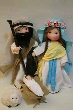 Las encuentras en FB Fidelina muñecas con corazón