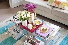[lucite coffee table; nice presentation of mags underneath.] Jesica's Mix & Match Studio