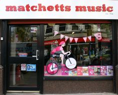 Classical Shop window display #Giro #GirodItalia