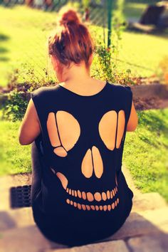 Shirt cut out Skull by TOOMUCH1 on Etsy, €25.00