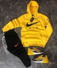 visit our website for the latest men's fashion trends tips and advices . Cute Nike Outfits, Dope Outfits For Guys, Swag Outfits Men, Stylish Mens Outfits, Tomboy Outfits, Tomboy Fashion, Teen Fashion Outfits, Streetwear Fashion, Casual Outfits