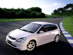 Honda Civic Type R EP3 loved driving the old Ctr!!