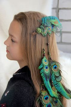 Long peacock feather hair clip #feathers #hair #clip #boho #hairextension #feather #wildchild #hippie #gypsy #hairstyle #summer2017