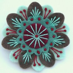 FELT ANENOME BROOCH (APPLIQUE-designedbyjane) Tags: flower pin brooch felt corsage