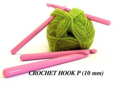 Crochet Hook P 10 mm Pink Lion Brand Craft Supplies