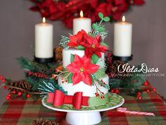 Christmas Cake a la SVG Cuts - #SVGCuts files - cut on the Silhouette Cameo - Cake by Ilda - www.ilovedoingallthingscrafty.com