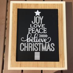 Chalkboard and Vinyl Christmas Signs made with the Silhouette — Weekend Craft