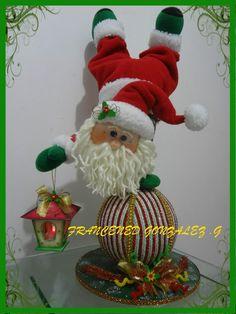 Valeria R Pisaturo's media content and analytics Christmas Crafts, Christmas Ornaments, Santa, Dolls, Holiday Decor, Christmas Art, Christmas Decor, Baby Dolls, Christmas Cushions