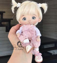 Yarn Dolls, Sock Dolls, Fabric Dolls, Crochet Dolls, Diy Doll Pattern, Disney Princess Dolls, Cute Baby Dolls, Baby Fairy, Doll Painting