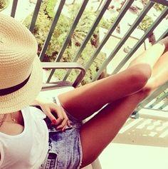 My summer look! Summer Of Love, Summer Fun, Summer Time, Summer Legs, Style Summer, Body Inspiration, Thinspiration, Skinny Legs, Skinny Girls