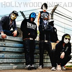 Hollywood undead!