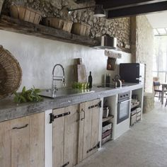 New kitchen wall colors with oak cabinets revere pewter ideas New kitchen wall colors with oak cabinets revere pewter ideas - Painted Colorful Kitchen Cabinets Rustic Kitchen, New Kitchen, Kitchen Decor, Kitchen Industrial, Industrial Farmhouse, Kitchen Modern, Vintage Kitchen, Kitchen Ideas, 10x10 Kitchen