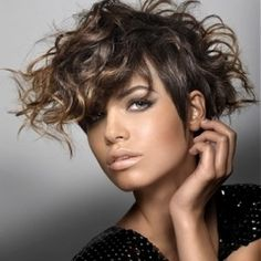 Curly Hair | Daily Fashion