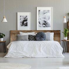 Touch choose headboard: 17 ideas to inspire you Decor, Classic Living Room, Small Living Room Decor, Minimalist Room, Home Decor, Apartment Decor, Home Deco, Bedroom Decor, First Apartment Decorating