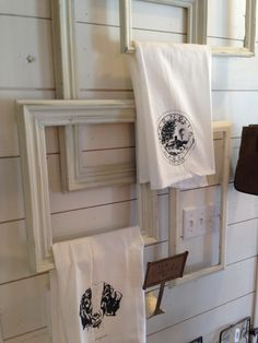 fun way to display hand towels in the kitchen or bathroom. I saw this at my visit to Magnolia Farms in Waco, Texas. Joanna Gaines from HGTV's Fixer Upper's shop! Magnolia Mom, Magnolia Fixer Upper, Magnolia Market, Towel Display, Fixer Upper Kitchen, Diy Bathroom, Bathroom Storage, Bathroom Ideas, Decorating On A Budget