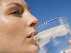 Água é essencial em todas as fases, mas em alguns períodos mais do que em outros