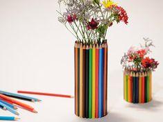 Florero con lápices