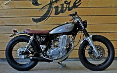 "Yamaha SR400 Brat Style ""Wine Lees"" by Pure Motorcycles #motorcycles #bratstyle #motos 