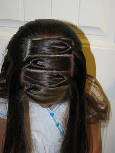 Alternating side knots #hair #hairstyles #hairdos