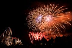 Fuochi d'artificio: il campionato di Valmontone Roma Caput Lucis #fuochidartificio #caputlucis #valmontone #roma #fotografia #raimbowmagicland