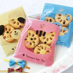 2.75x2.75+1.18 Inch YunKo White Dots Self Adhesive Plastic Cookie Bags for Gift Giving 200 Bags+100 Thank You Labels