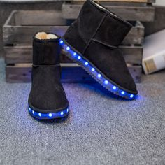 2017Light up women Snow boots superstar LED colorful zapatillas deportivas mujer fashion neon sandalia flashing woman