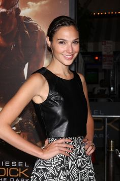 1000 images about gal gadot on pinterest gal gadot wonder woman and fast and furious. Black Bedroom Furniture Sets. Home Design Ideas