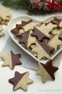 Makové hviezdičky s čokoládou Christmas Sweets, Christmas Baking, Christmas Cookies, Gingerbread Cookies, Goodies, Food And Drink, Cake, Advent, Diet