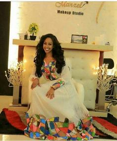 Ethiopian Traditional Dress, African Traditional Wedding, Traditional Dresses, African Wear, African Dress, African Fashion, African Girl, African Style, African Women