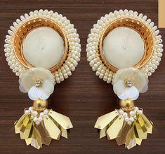 Diwali Designs, Diwali Decorations At Home, Diwali Diya, Candle Set, Bottle Crafts, Arts And Crafts, Decorating, Photo And Video, Creative