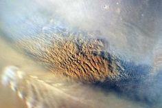 Dust storm on Mars, as pictured by NASA's Mars Reconnaissance Orbiter on 7 November 2007 <i>(Image: NASA/JPL-Caltech/MSSS)</i>