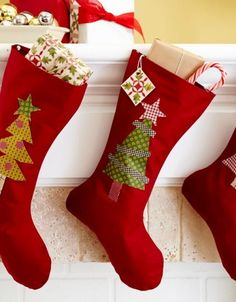 The Easiest Stocking ~ Stockings don't have to be elaborate patchwork. For a simple option that comes together quickly, embellish a basic sock pattern with fusible shapes that use up your scraps. Quilted Christmas Stockings, Christmas Stocking Pattern, Xmas Stockings, Christmas Sewing Projects, Xmas Crafts, Christmas Makes, Elegant Christmas, Modern Christmas, Homemade Christmas