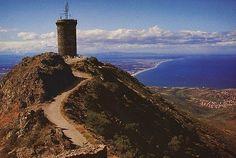 la-tour-Madeloc au dessus de Collioure-66 Pyrénées Orientales, très joli village. Pour allez à cette tour, il faut marcher. Bonne promenade.