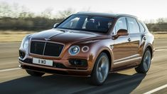 The Bentley Bentayga Speed is the fastest SUV in the world, matching the top speed than the closely-related Lamborghini Urus super SUV. Bentley Auto, New Bentley, Bentley Motors, Lamborghini, Ferrari, Cayenne Turbo, Jaguar Xj, Small Luxury Cars, Luxury Suv