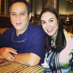 .@gretchenbarretto | With my loving dada or my Santa baby@smalllaude for Taking the photo. | Webstagram - the best Instagram viewer