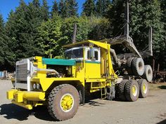 PACIFIC P16 LOGGING TRUCK 1973 by hayes69, via Flickr