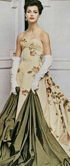 Evening gown by Piere Balmain, 1956.