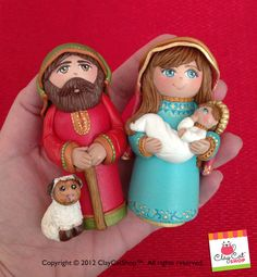 Hey, I found this really awesome Etsy listing at http://www.etsy.com/es/listing/118295670/nativity-set-polymer-clay-wood-sculpture