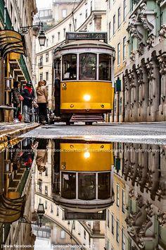 Praça Martim Moniz (nome de um herói português na tomada do castelo de Lisboa no início da expansão de D. Afonso Henriques para o sul) - Lisboa - Portugal.