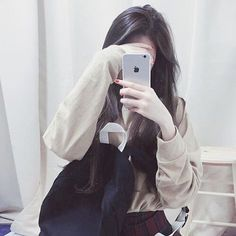 Find images and videos about asian and ulzzang on We Heart It - the app to get lost in what you love. Korean Ulzzang, Ulzzang Boy, Cute Korean Girl, Asian Girl, Girl Hiding Face, Profile Picture For Girls, Profile Pics, Hidden Face, Uzzlang Girl