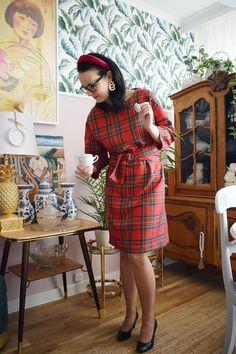 Świąteczna sukienka uszyta z tkaniny w szkocką kratę!