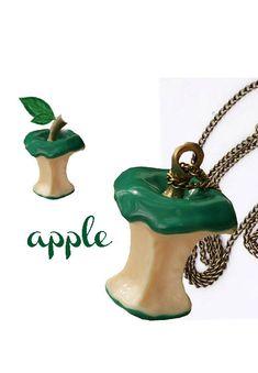 GREEN APPLE naszyjnik w formie ogryzka jabłka, zielony - Na szyję s1 - SOYELLE.PL-