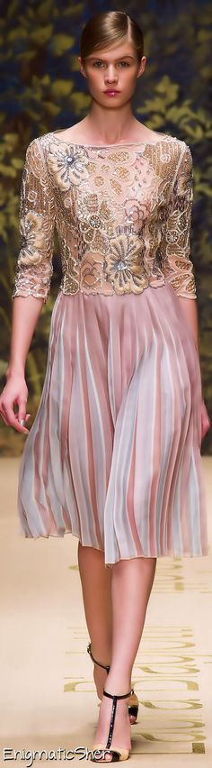Laura Biagiotti Spring Summer 2014 Ready-To-Wear. V