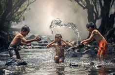 Jako Dzieci, Rzeka, Cieszyć Się