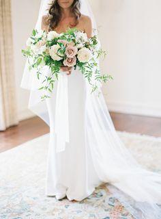 Ethereal wedding bouquet | Photography: Kurt Boomer - http://www.kurtboomer.com/
